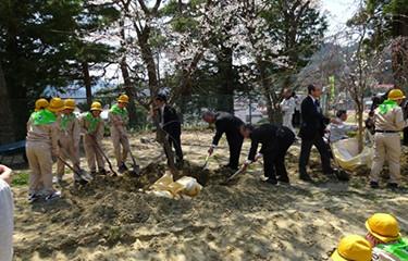 No.74 登米市立米川小学校の記念植樹